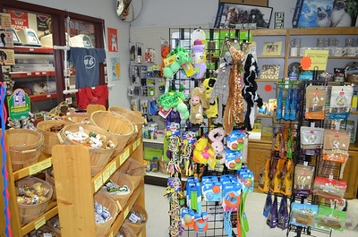 Davenport's Den carries a wide variety of toys, puzzles, treats, pet food, collars, harnesses, and leashes!  Many of our products are hand-picked by Catherine Steinke, our Certified Professional Dog Trainer (CPDT-KA).